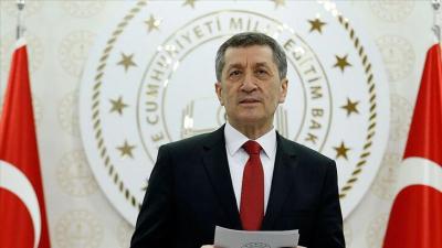 Millî Eğitim Bakanı: Okulların açılma takviminde yaşanan 1 günlük erteleme için tüm vatandaşlarımızdan özür dilerim