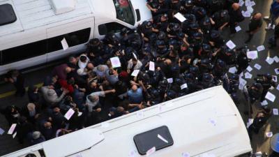 Mitingleri yasaklanan HDP'lilere polis müdahalesi