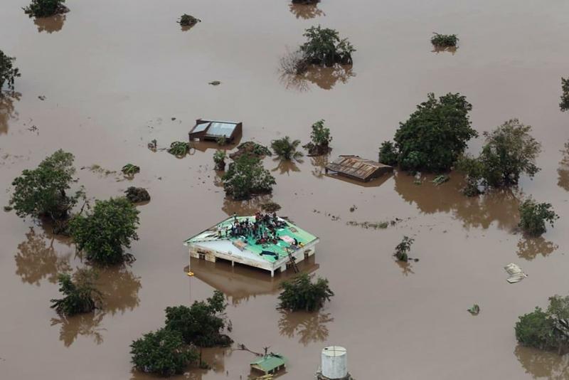 Mozambik'te ölü sayısı 217'ye yükseldi, 15 bin kişi kurtarılmayı bekliyor
