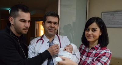 Mucize bebek 105 günlük yaşam savaşını kazandı