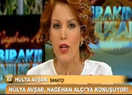 Nagehan Alçı ve Hülya Avşar canlı yayında kavga etti!