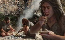 Neandertaller de kürdan kullanmış olabilir!