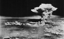 Obama, ABD'nin atom bombası attığı Hiroşima'ya giden ilk Başkan olacak!