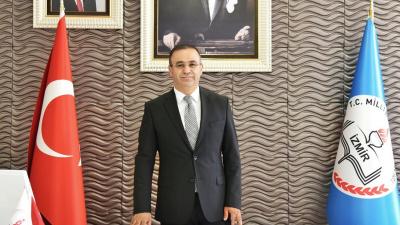Öğrenciler için bağışlanan parayla tatile giden İzmir Milli Eğitim Müdürü Ömer Yahşi'ye kınama cezası