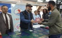 Ondokuz Mayıs Üniversitesinde öğrencilere Kuran dağıtıldı!