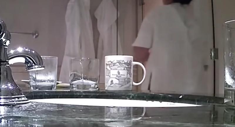Otelde skandal: Aynı havluyla yerleri ve bardakları sildiler