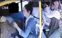Otobüsde cinsel organını çıkartınca kadınlar tekme tokat dövdü!