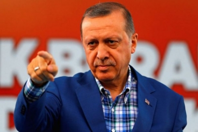 Otobüste yolculuk yaparken 'Erdoğan'a hakaret'ten gözaltına alındı