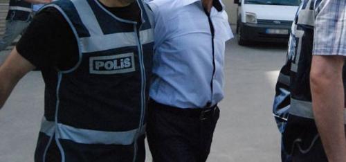10 polis gözaltına alındı!