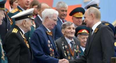 Putin: Ülkemizin faşizm karşısında zafer kazanmasının özel bir yeri var
