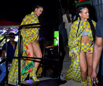 Rihanna mini şortuyla Buju Banton konserinde