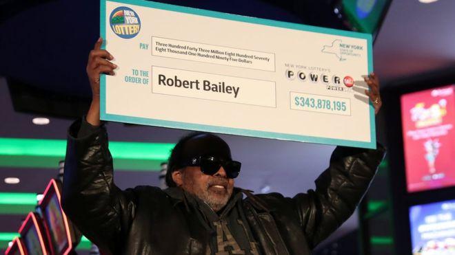 Robert Bailey büyük ikramiyeyi kazandı