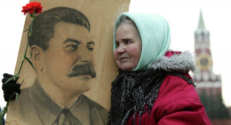 Rusya'da yapılan ankette Stalin sevgisi ciddi oranlara ulaştı