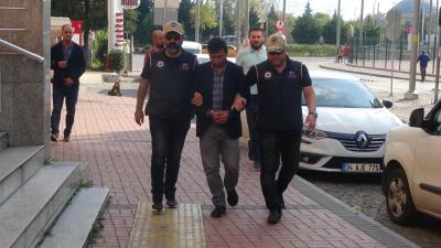 Saadet Partili meclis üyesi 'Barış Pınarı Harekâtı' karşıtı sözleri nedeniyle adliyede