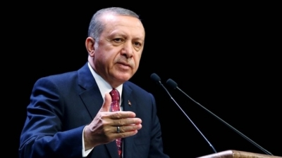 'Sanatçılarla Hatay ziyaretimize hakaret yağdıran Kemal, sen er meydanına gelemezsin'