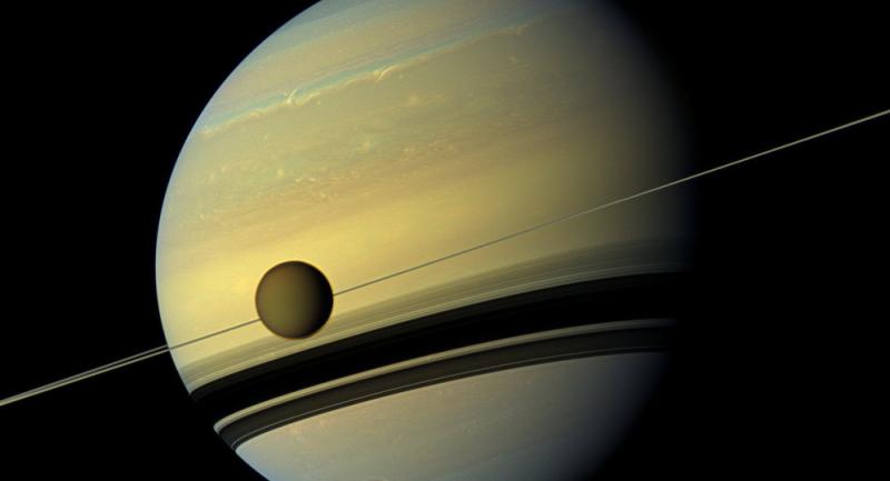Satürn'ün uydusu Titan'da yaşam var mı? Drone gönderiliyor...