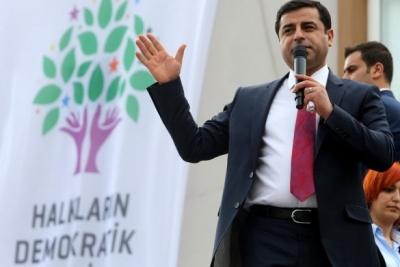 Selahattin Demirtaş: Hakkımda dava açan savcı 'FETÖ'den tutuklu!