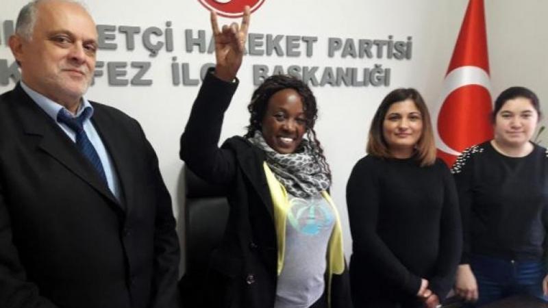 Semans Dubola Ceran, MHP'ye üye oldu