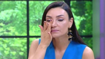 Sevcan Orhan canlı yayında ağladı