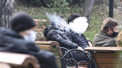 'Sigara kullananların Covid-19'a yakalanma ihtimali çok daha yüksek'