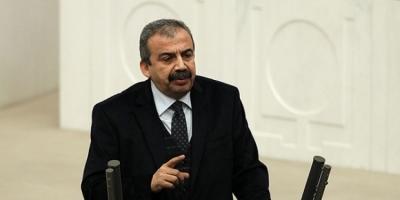 Sırrı Süreyya Önder: İlk hendek niye kazıldı biliyor musunuz?