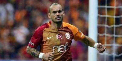Sneijder'ın annesi: Umarım Türkiye'den ayrılır