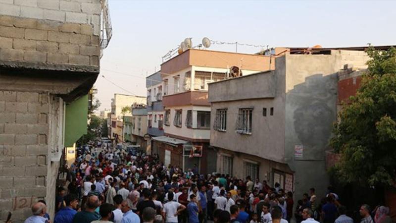 Sokak düğününde 57 kişiyi öldüren İŞİD'lilere müebbet!