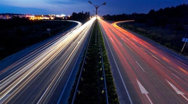 Soylu: Otoyollarda hız sınırı artacak