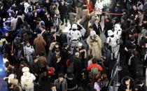 Star Wars 7: Güç Uyanıyor rekor kırmaya devam ediyor!