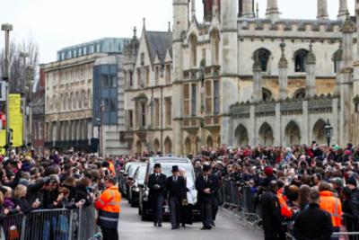 Stephen Hawking için cenaze töreni
