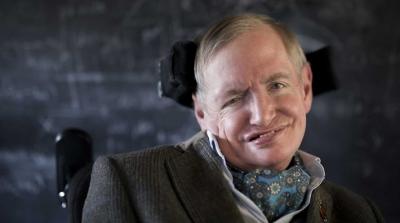 Stephen Hawking Newton ve Darwin'in yanına gömülecek