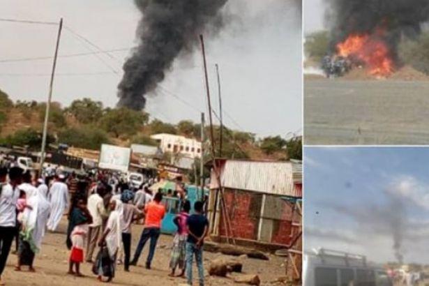Sudan'da hükümet yetkililerini taşıyan uçak düştü
