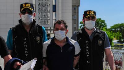 Sultanbeyli Emniyet Müdürü uyuşturucu kaçakçısına makam aracını tahsis etmiş