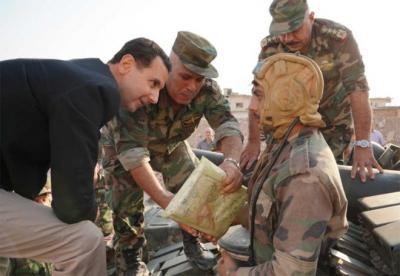 Suriye Cumhurbaşkanı Esad'dan askerlere ziyaret