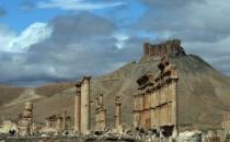 Suriye ordusu Palmyra'ya girdi!