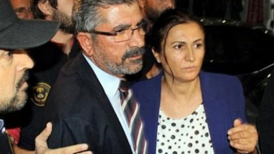 Tahir Elçi'nin eşi Türkan Elçi Ahmet Davutoğlu'na tepki gösterdi