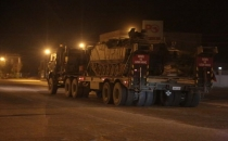 Tanklar Silopi'ye 'Ölürüm Türkiyem'le girdi