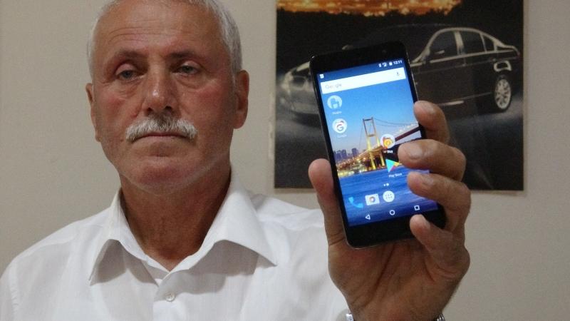 Telefonu çalınan muhtar hırsızdan hafıza kartını istedi: Bir yere çaktırmadan bıraksın, 500 lirasını da benden alsın