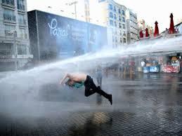 TOMA'nın sıktığı su ölümcül mü?