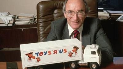 Toys 'R' Us'ın kurucusu Charles Lazarus hayatını kaybetti