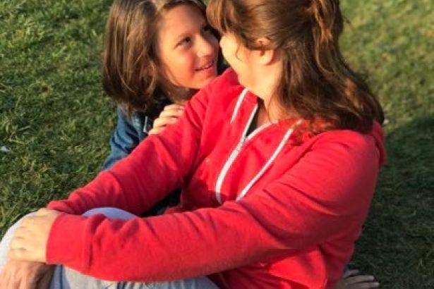 Tren kazasında oğlunu kaybeden anne istifa çağrısında bulundu