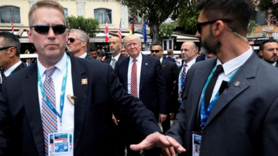 Trump'ın 'sığınağa götürüldüğü' iddiası