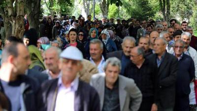 TTB Başkanı Adıyaman: Emekli ikramiyesi virüsü yayabilir