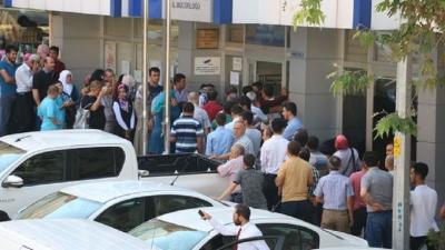 TÜİK: İşsiz sayısı 391 bin kişi azalarak 4 milyon 5 bin kişiye geriledi