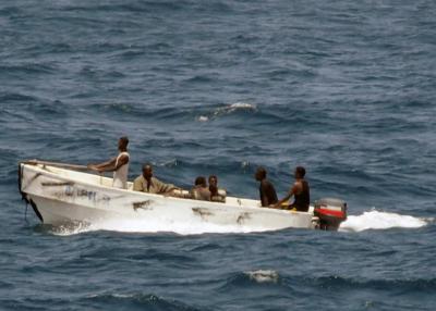 Türk gemisine saldırı! 1 ölü, 15 kişi kaçırıldı