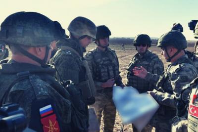 Türkiye ile Rusya Suriye'nin kuzeyinde ortak devriyelere yeniden başladı