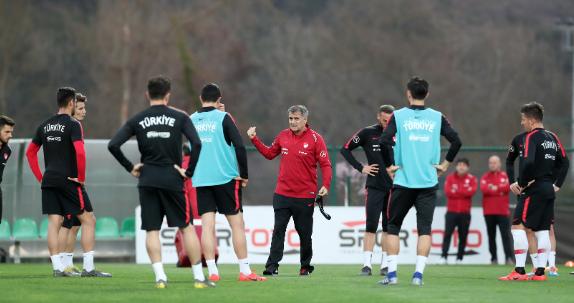 Türkiye, ilk maçta Arnavutluk'a konuk oluyor