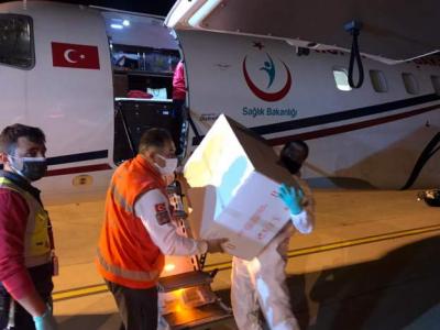 Türkiye, Kuzey Kıbrıs'a 40 bin doz Sinovac aşısı gönderdi