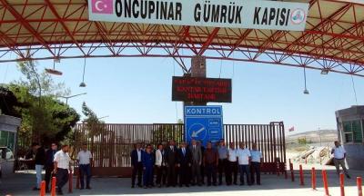 Ümit Özdağ: Türkiye'de yaşayan 20 kişiden biri sığınmacı