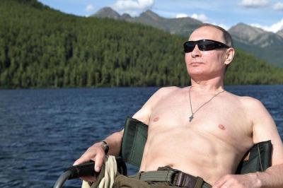 Vladimir Putin, Rusya'nın en seksi erkeği seçildi